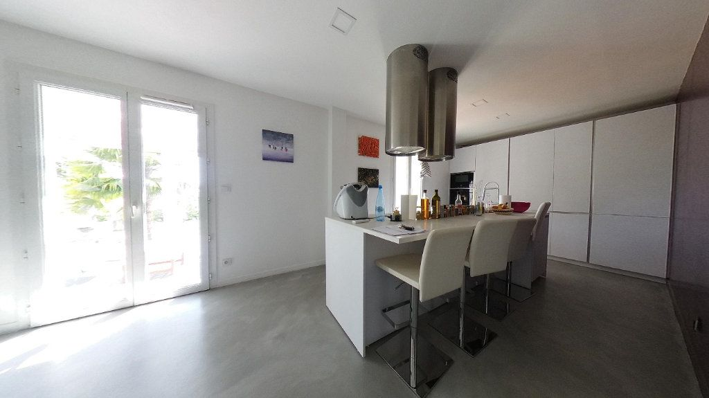 Maison à vendre 6 135.13m2 à Deuil-la-Barre vignette-5