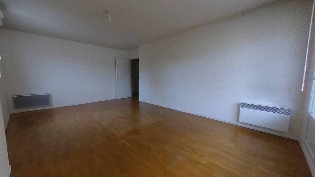 Appartement à vendre 3 64.65m2 à Deuil-la-Barre vignette-2