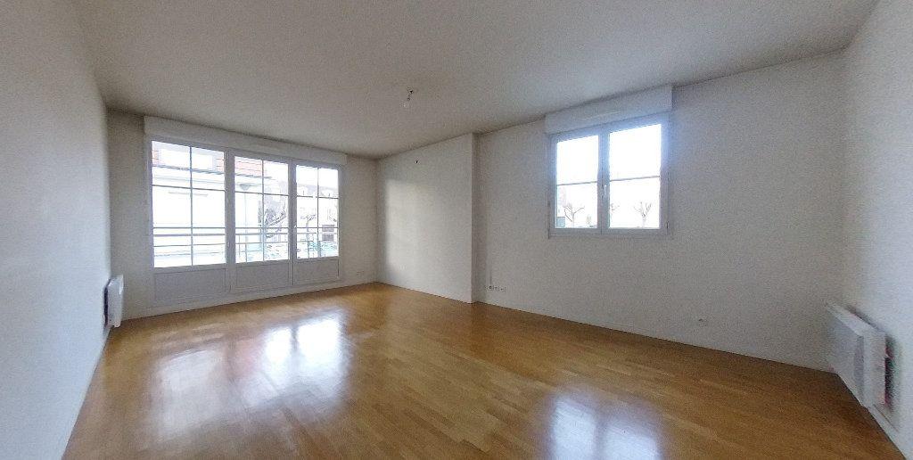 Appartement à vendre 3 64.65m2 à Deuil-la-Barre vignette-3