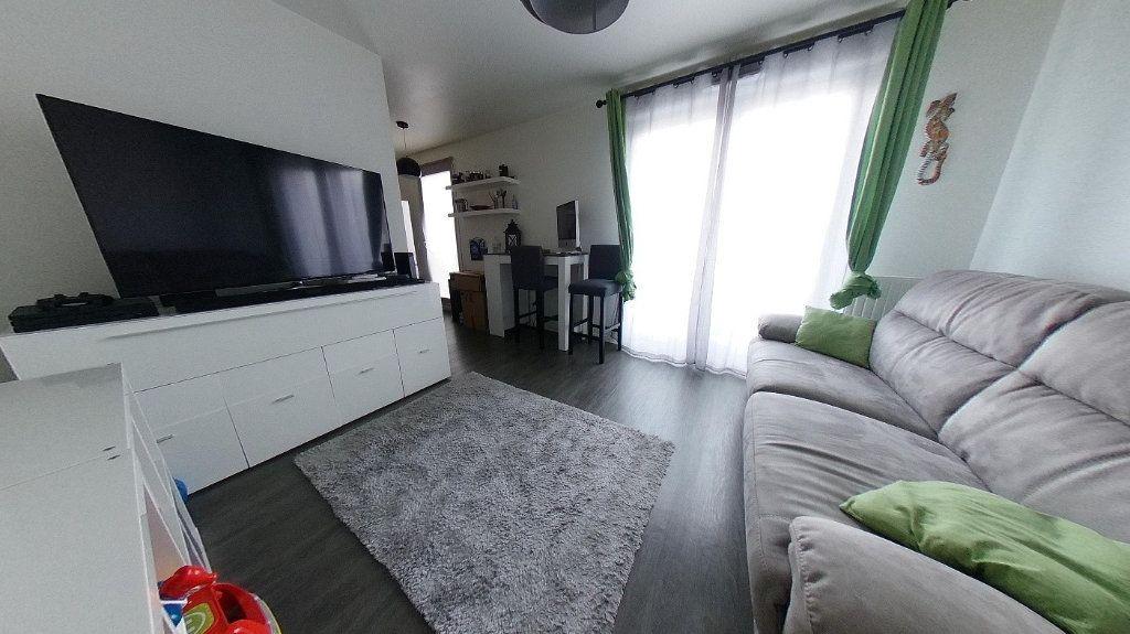 Appartement à vendre 2 42m2 à Montmagny vignette-1