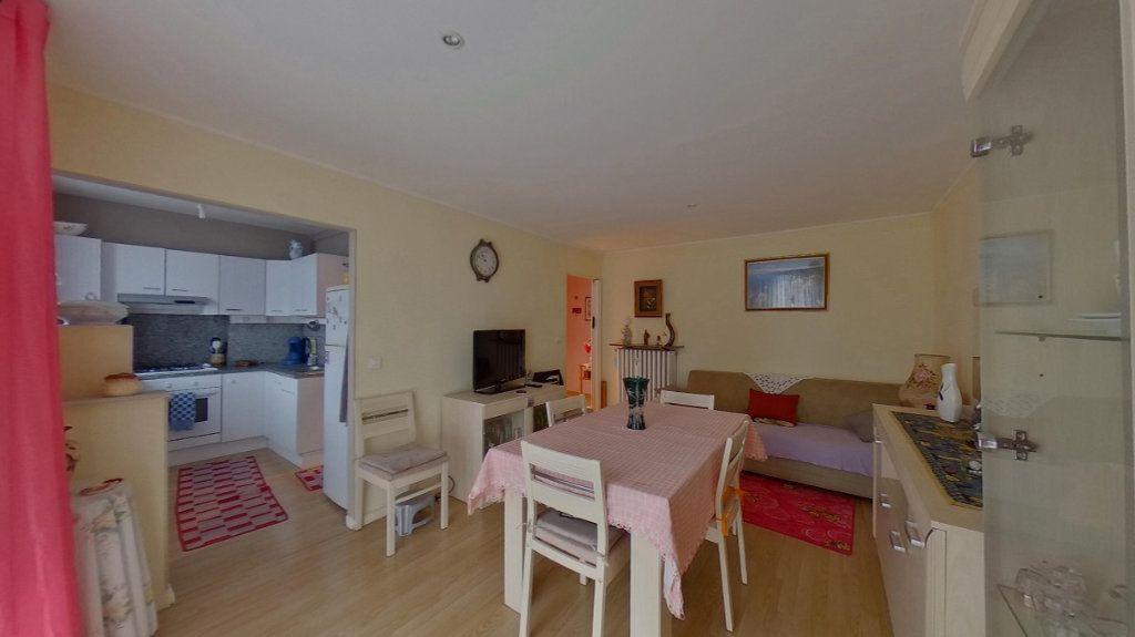 Appartement à louer 3 53.29m2 à Deuil-la-Barre vignette-2