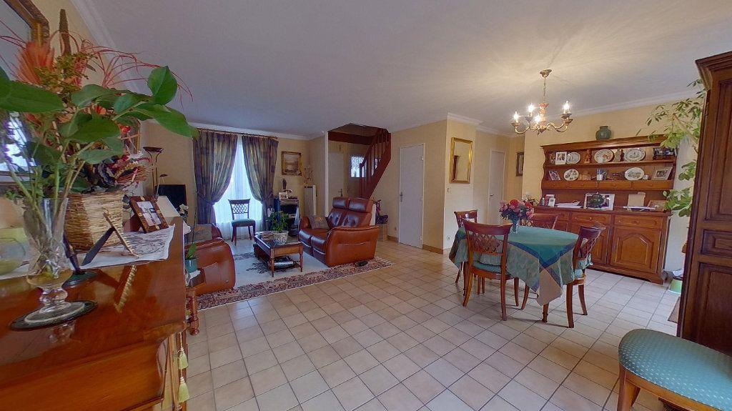 Maison à vendre 6 110m2 à Montmagny vignette-3