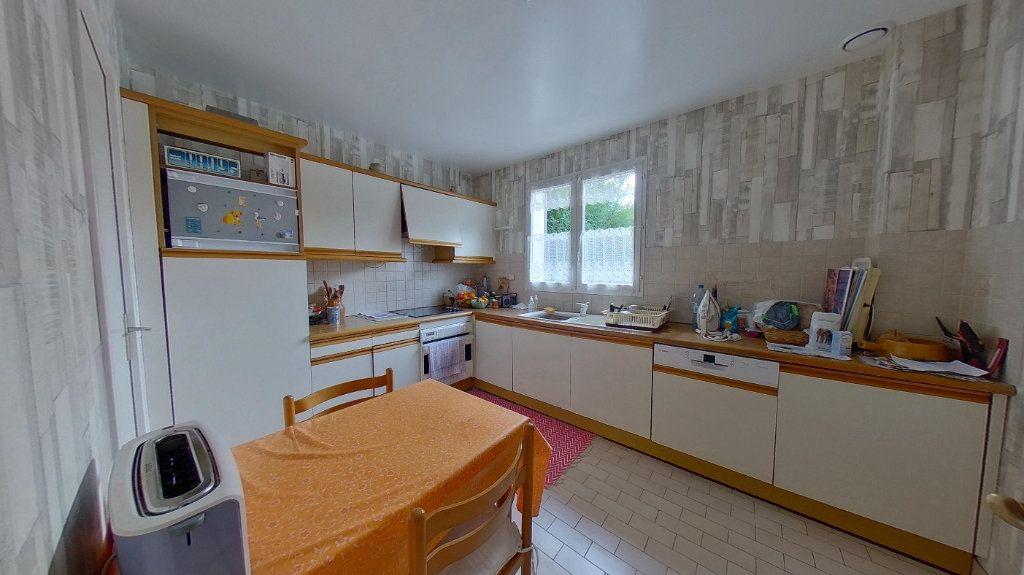 Maison à vendre 6 110m2 à Montmagny vignette-4