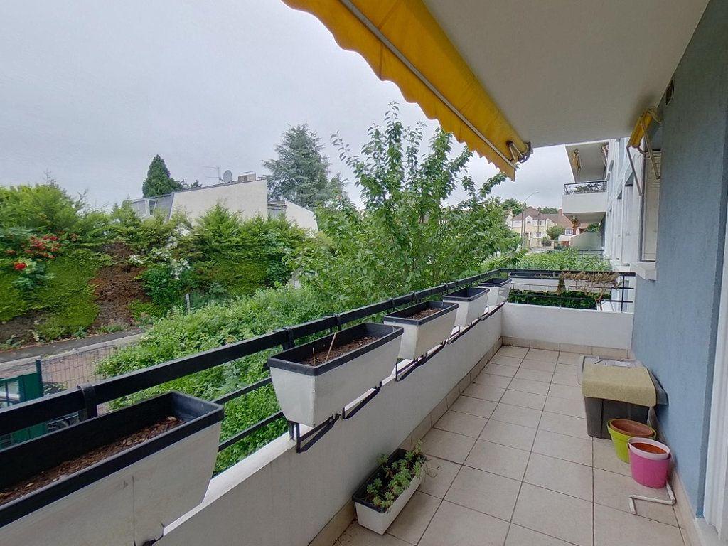 Appartement à vendre 4 84.38m2 à Deuil-la-Barre vignette-1