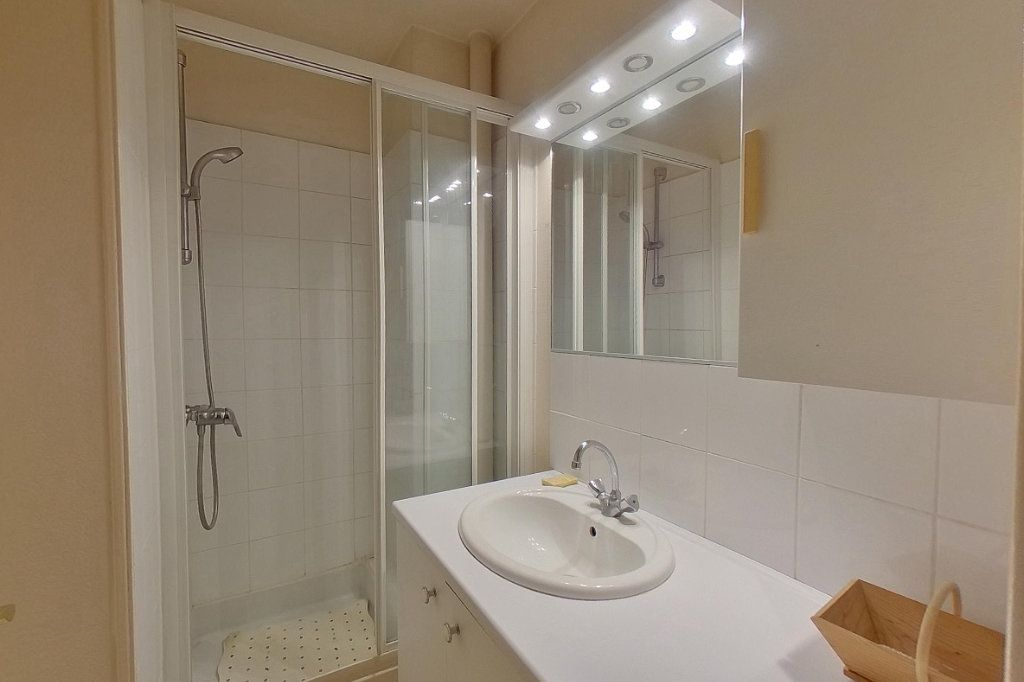 Appartement à vendre 4 84.38m2 à Deuil-la-Barre vignette-8