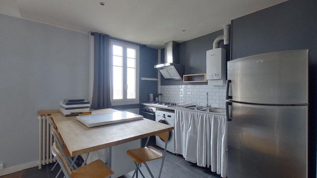 Appartement à louer 3 59m2 à Deuil-la-Barre vignette-3