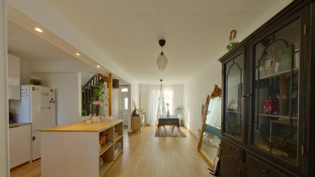 Maison à vendre 5 87.57m2 à Deuil-la-Barre vignette-1