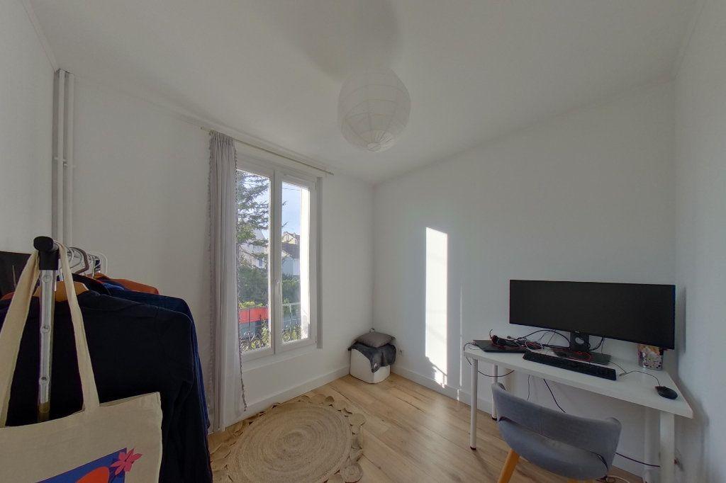 Maison à vendre 5 87.57m2 à Deuil-la-Barre vignette-6