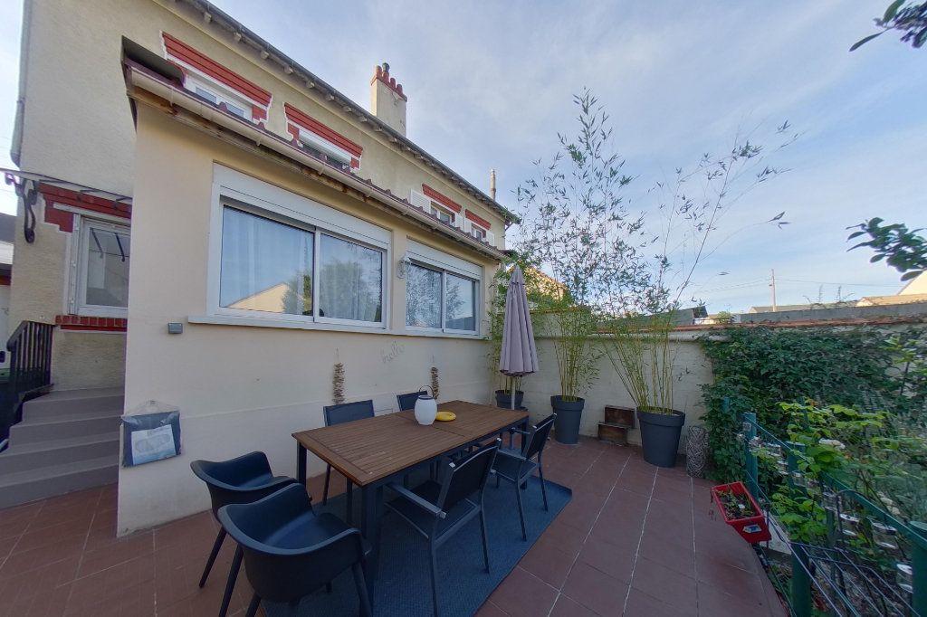 Maison à vendre 5 87.57m2 à Deuil-la-Barre vignette-8