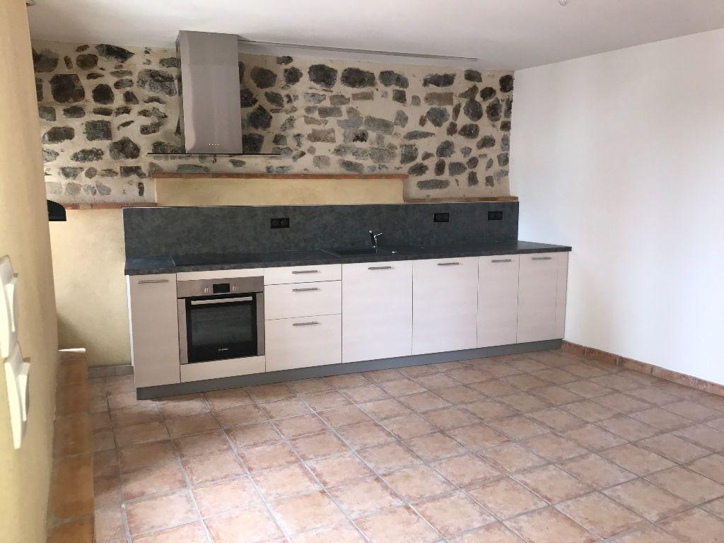 Maison à louer 3 75m2 à Saint-Pons vignette-2