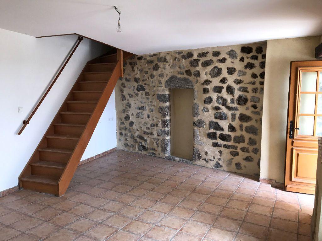 Maison à louer 3 75m2 à Saint-Pons vignette-3