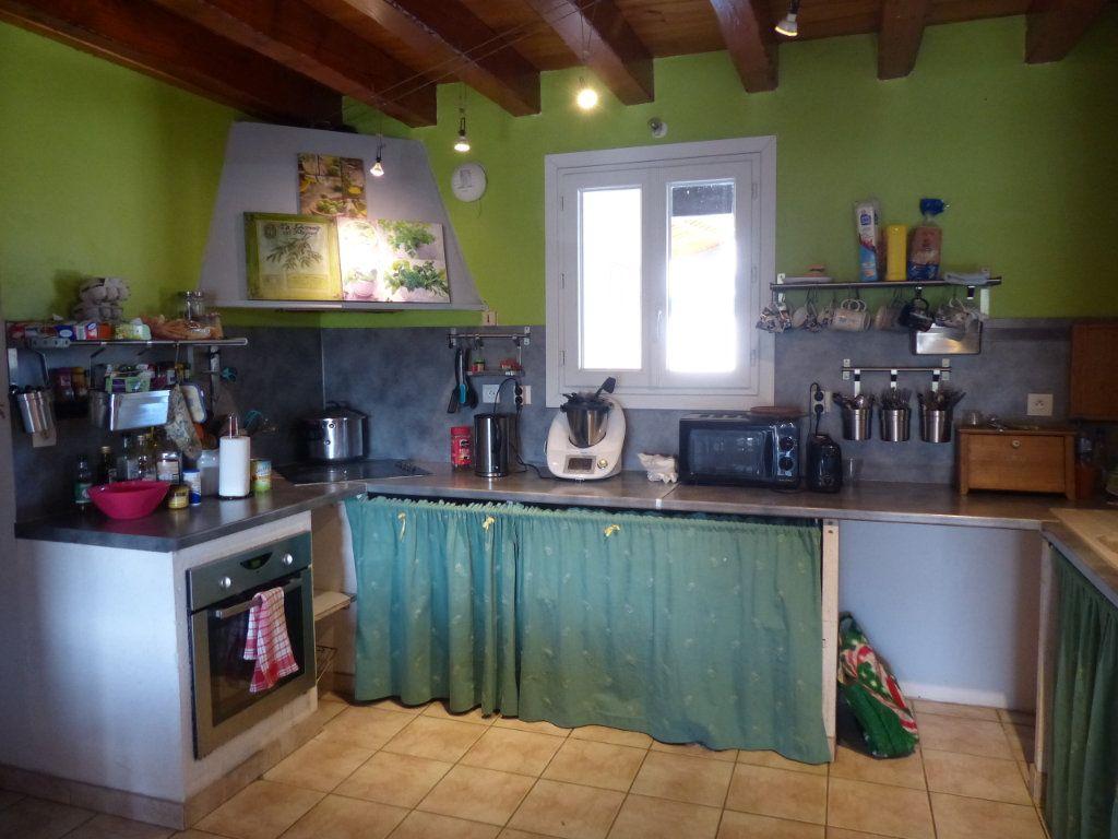 Maison à vendre 12 315m2 à Aubignas vignette-12