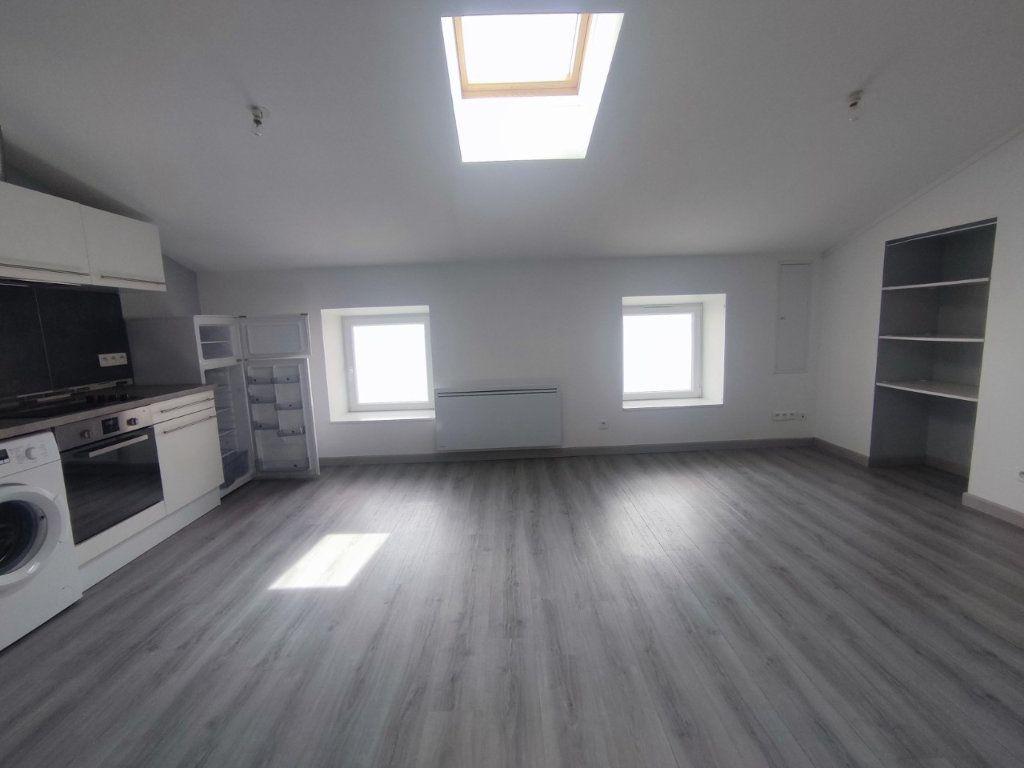 Appartement à louer 2 38.69m2 à Le Teil vignette-1