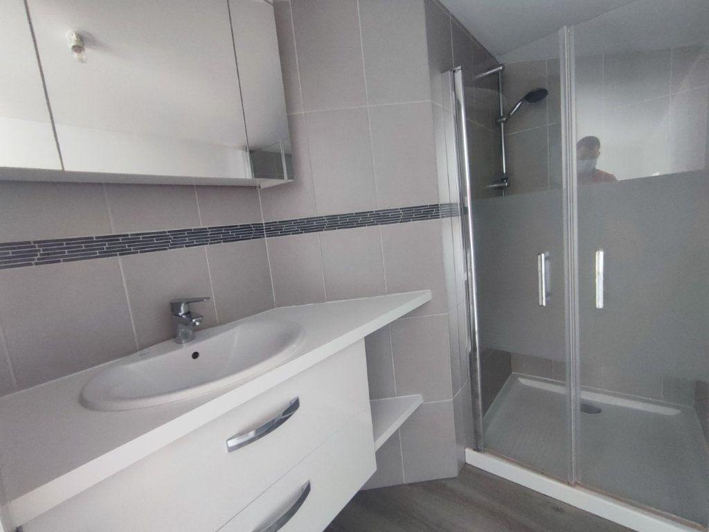 Appartement à louer 2 38.69m2 à Le Teil vignette-5