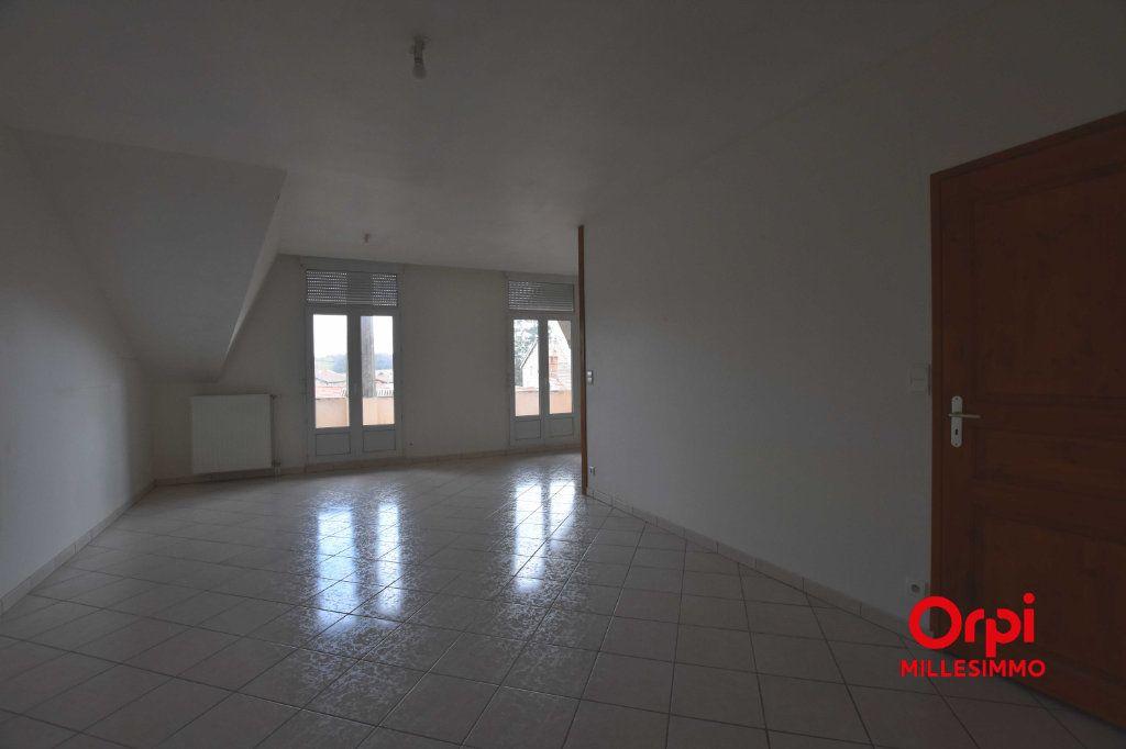 Appartement à louer 3 62.79m2 à Saint-Laurent-de-Chamousset vignette-4