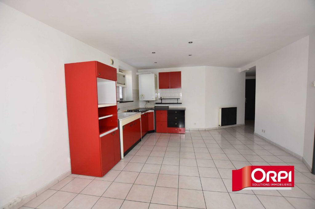 Appartement à louer 2 43m2 à Saint-Symphorien-sur-Coise vignette-1