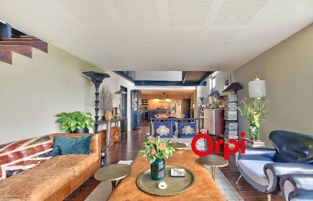 Maison à vendre 10 270m2 à Aveize vignette-1
