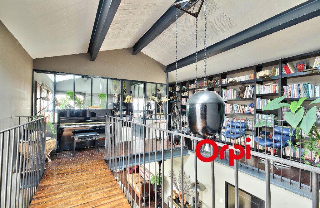 Maison à vendre 10 270m2 à Aveize vignette-6