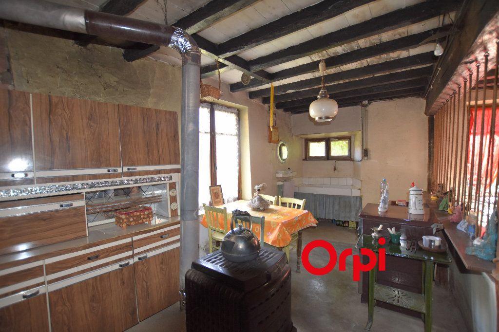 Maison à vendre 5 123m2 à La Chapelle-sur-Coise vignette-3