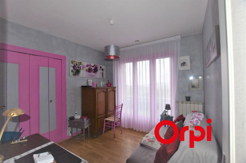 Maison à vendre 5 177m2 à Saint-Martin-en-Haut vignette-5