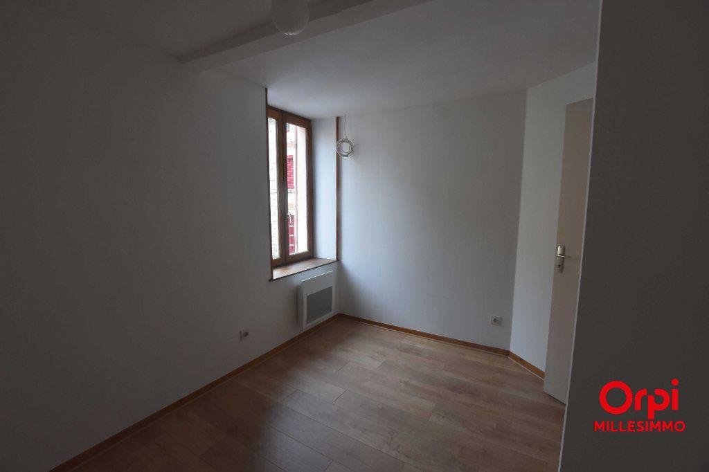 Appartement à louer 3 51.2m2 à Saint-Martin-en-Haut vignette-4