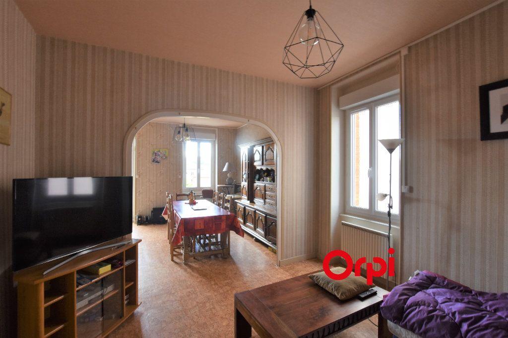 Appartement à vendre 3 80m2 à Saint-Symphorien-sur-Coise vignette-2