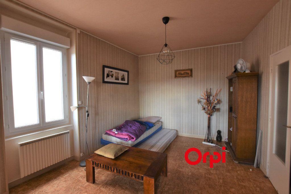 Appartement à vendre 3 80m2 à Saint-Symphorien-sur-Coise vignette-5