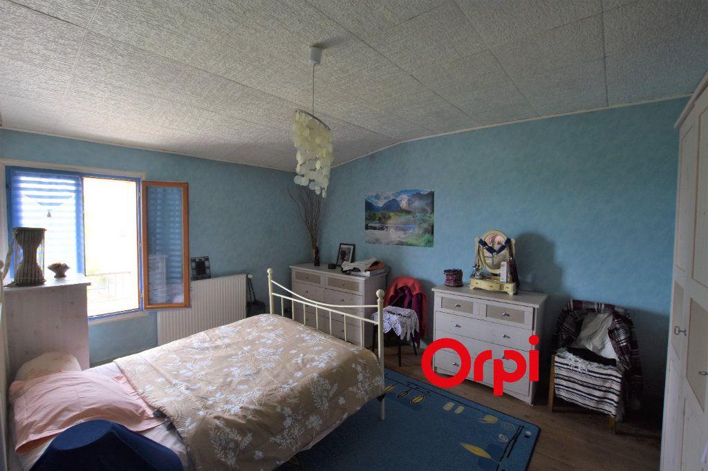 Maison à vendre 5 109m2 à Duerne vignette-8