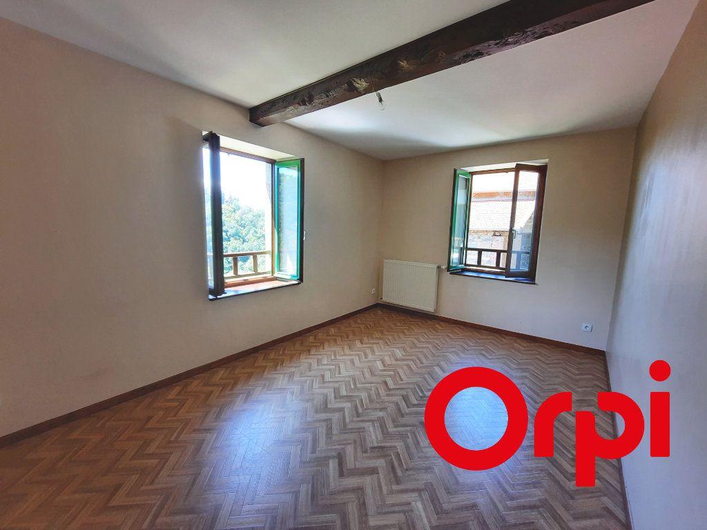 Maison à louer 3 90m2 à Saint-Genis-l'Argentière vignette-6