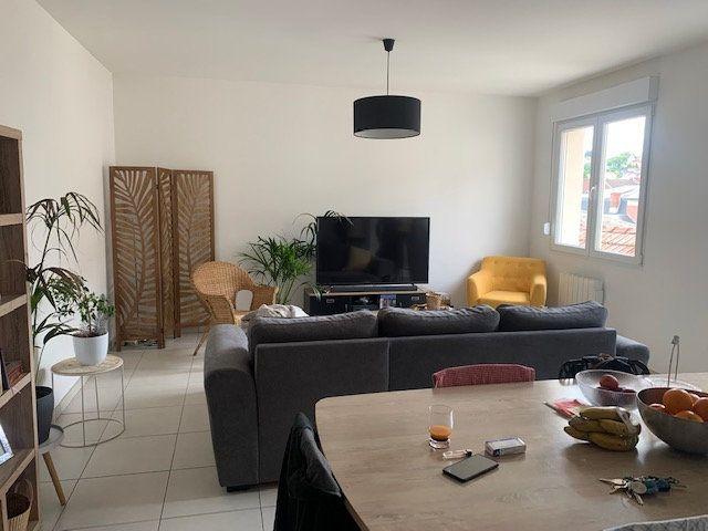 Appartement à louer 3 76m2 à Épernay vignette-4