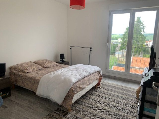 Appartement à louer 3 76m2 à Épernay vignette-7
