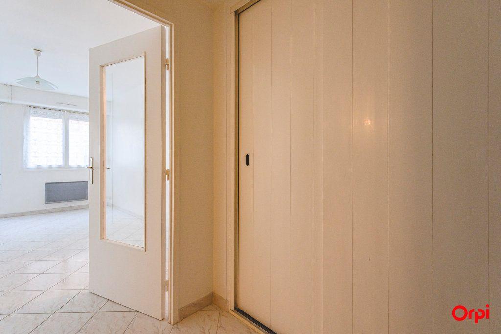 Appartement à louer 1 39.16m2 à Épernay vignette-3