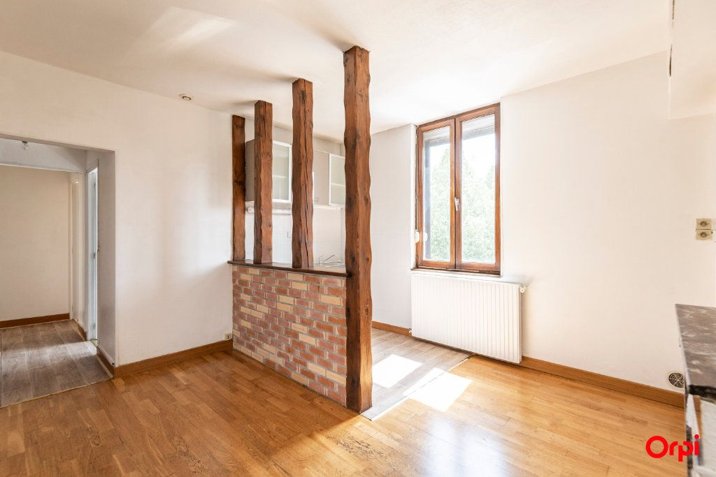 Appartement à louer 3 59.5m2 à Épernay vignette-2