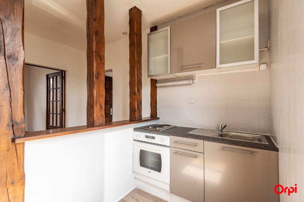 Appartement à louer 3 59.5m2 à Épernay vignette-5