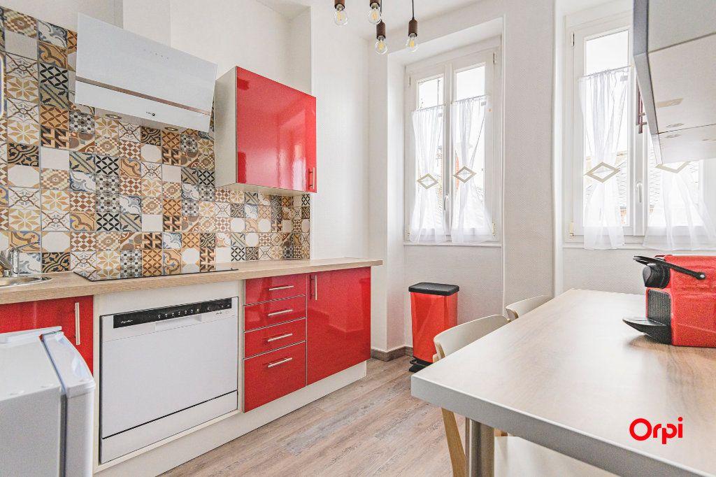 Appartement à louer 2 45m2 à Épernay vignette-1