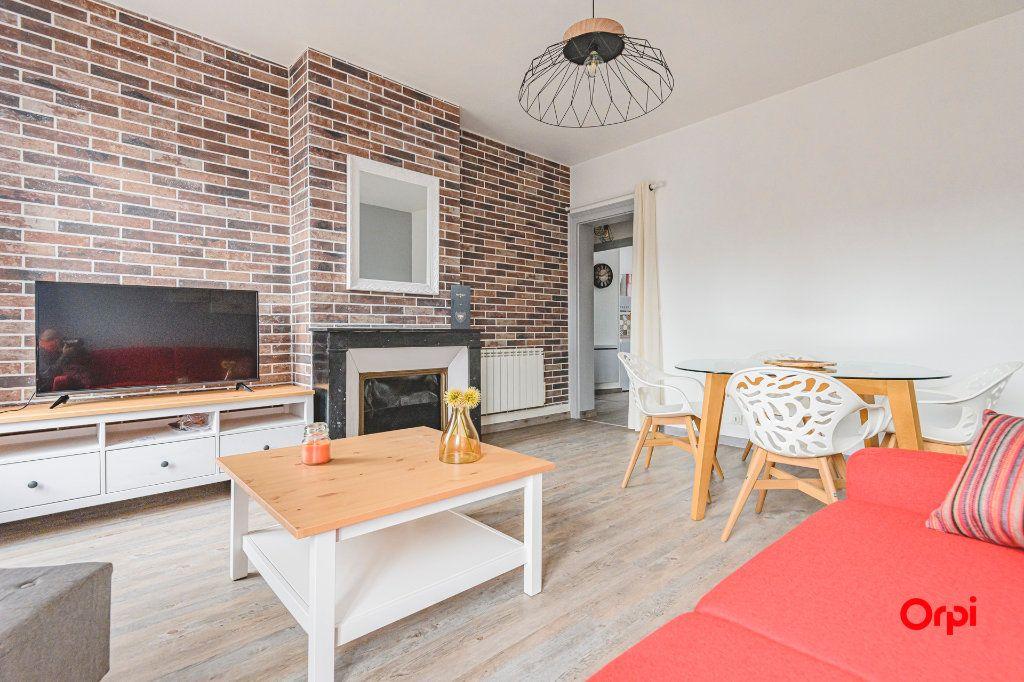 Appartement à louer 2 45m2 à Épernay vignette-4