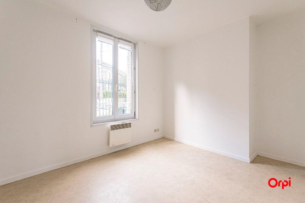 Appartement à louer 2 31.64m2 à Épernay vignette-3