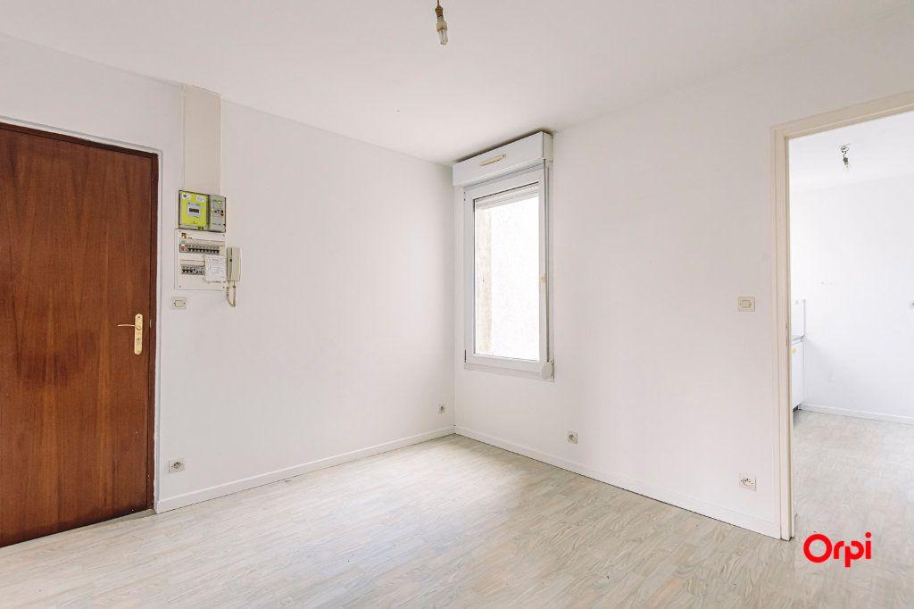 Appartement à louer 2 32.06m2 à Épernay vignette-2