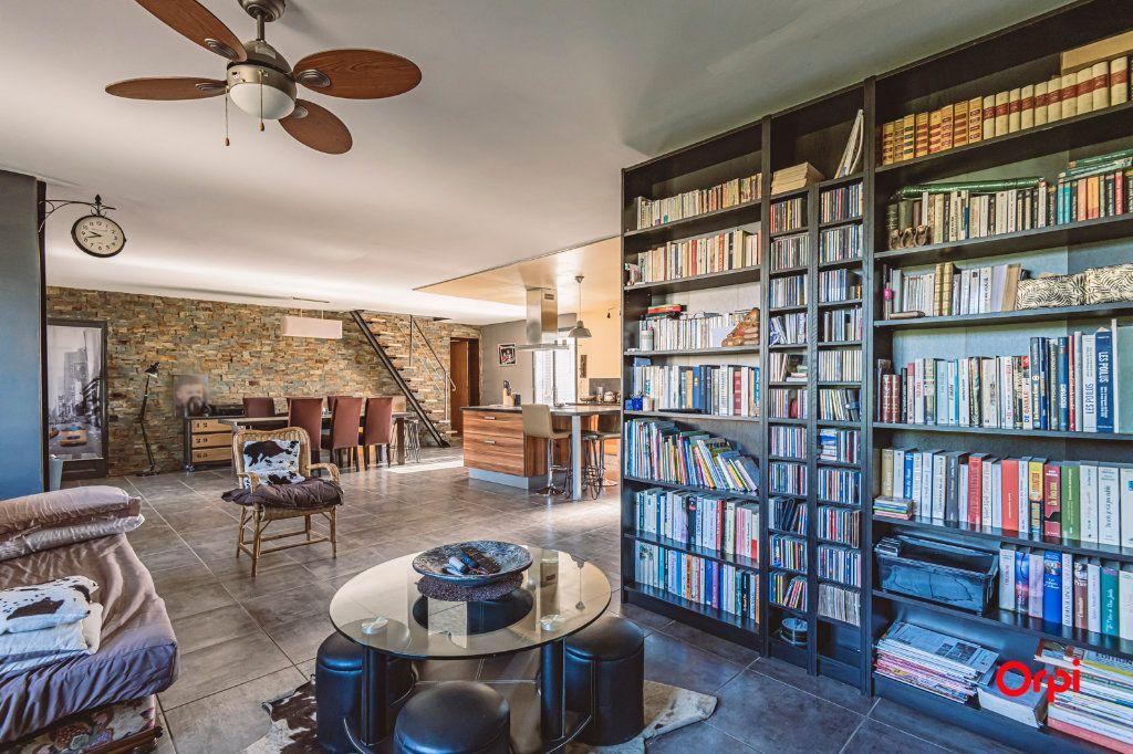 Maison à vendre 5 135m2 à Oiry vignette-2