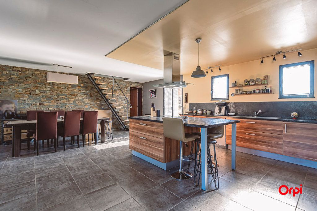 Maison à vendre 5 135m2 à Oiry vignette-3