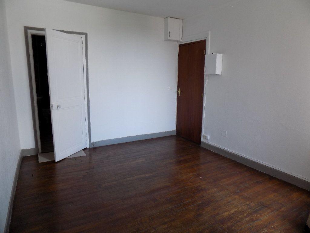 Appartement à vendre 2 32m2 à Épernay vignette-3