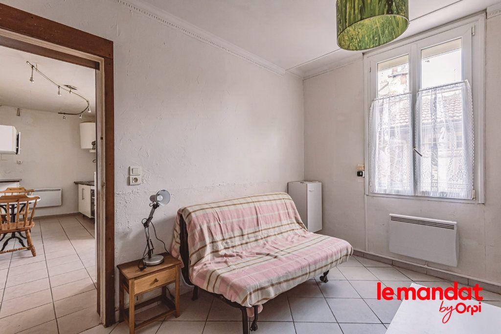 Appartement à louer 1 25.64m2 à Épernay vignette-3