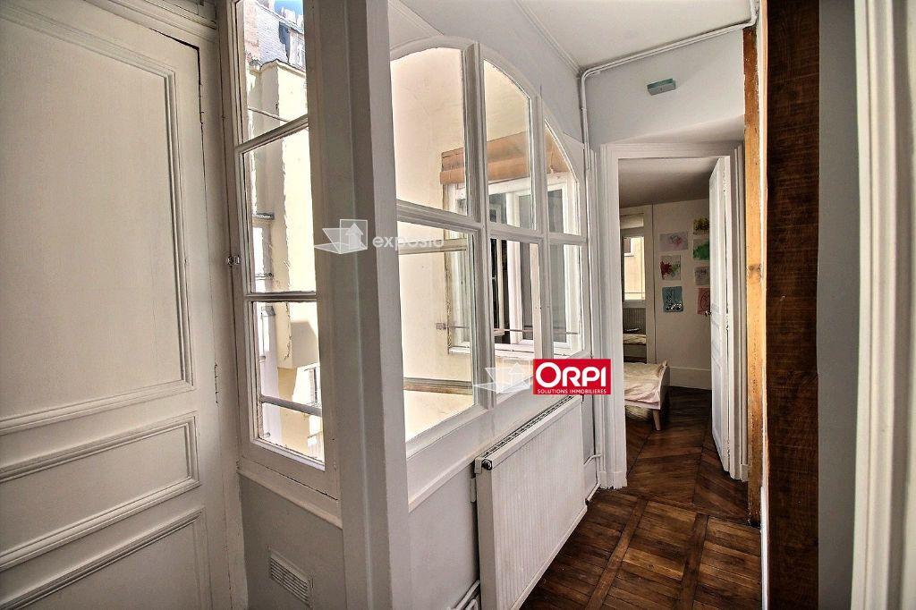Appartement à louer 3 65m2 à Paris 17 vignette-5