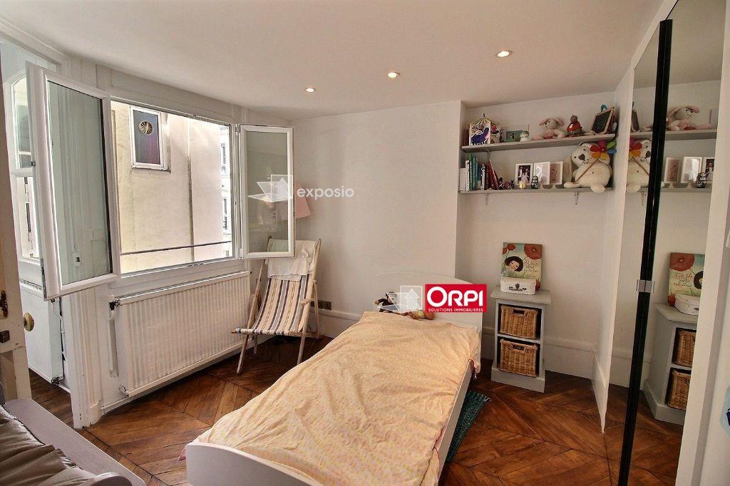 Appartement à louer 3 65m2 à Paris 17 vignette-7