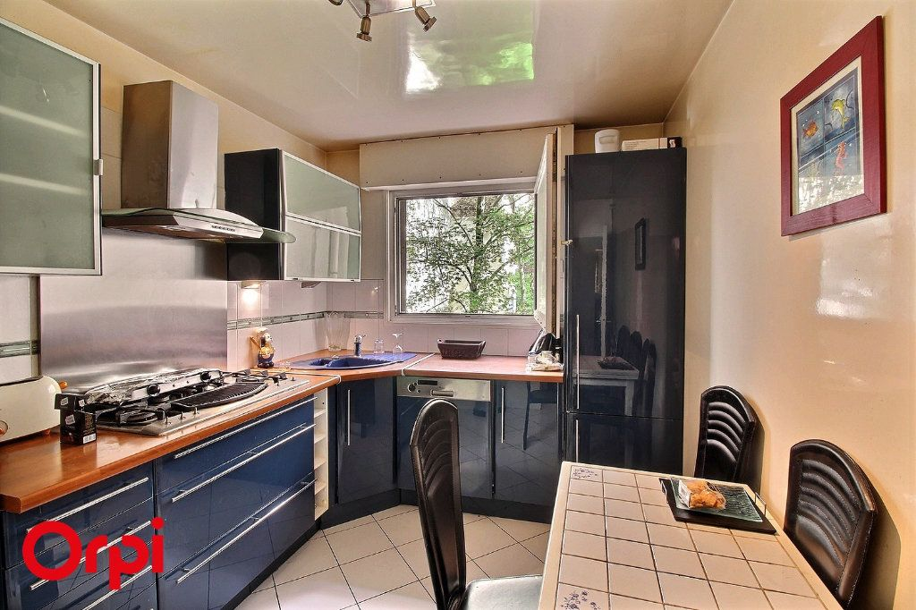 Appartement à vendre 4 86m2 à Paris 17 vignette-3