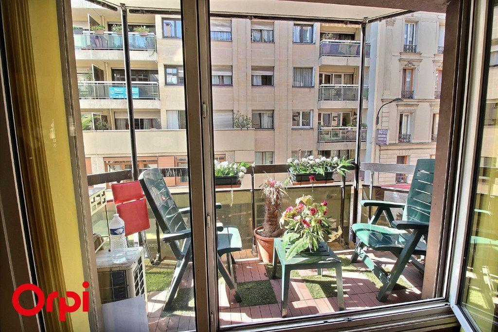 Appartement à vendre 4 86m2 à Paris 17 vignette-5