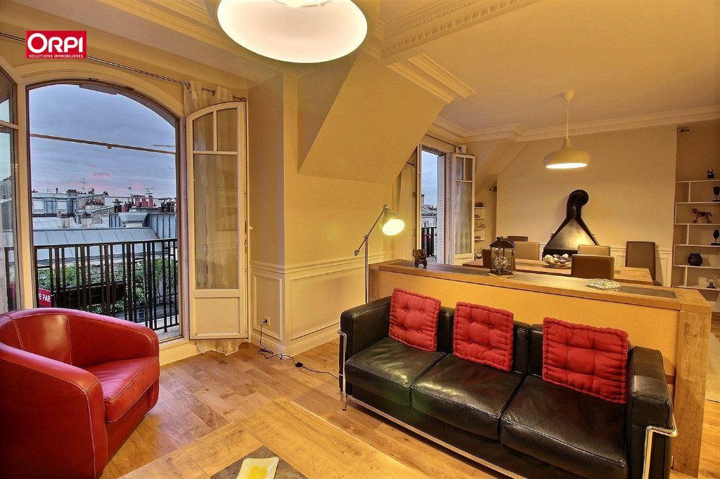 Appartement à louer 4 100m2 à Paris 17 vignette-3