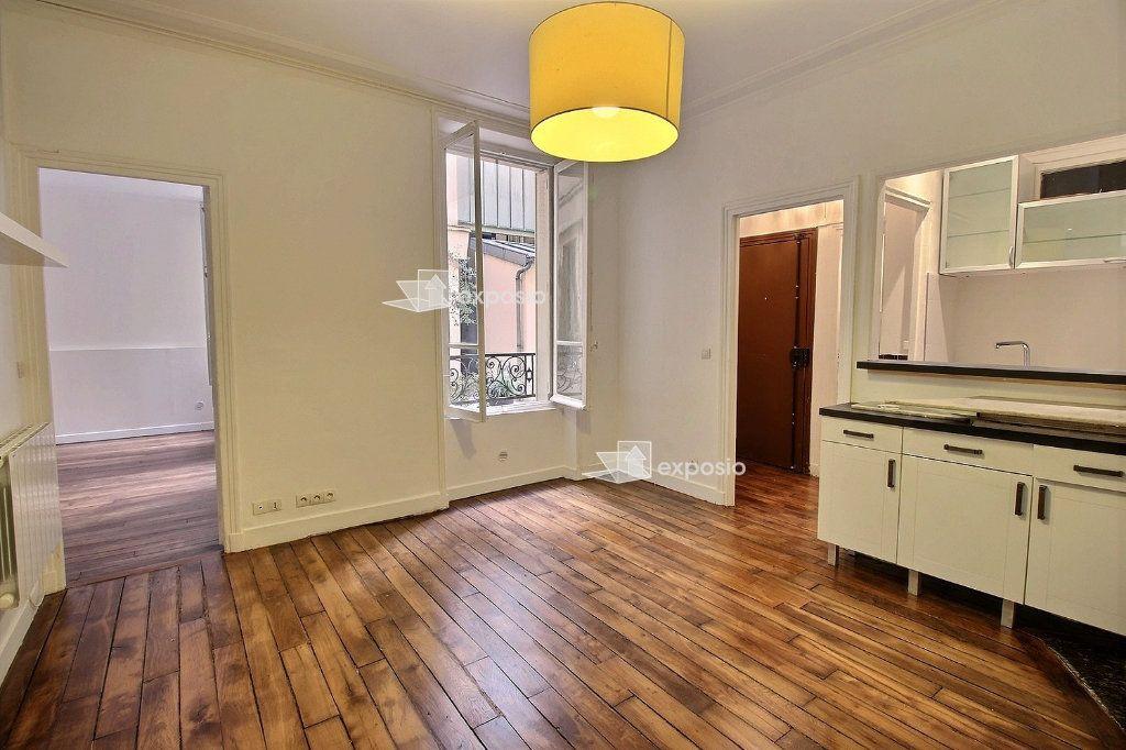 Appartement à louer 2 40.71m2 à Paris 17 vignette-1