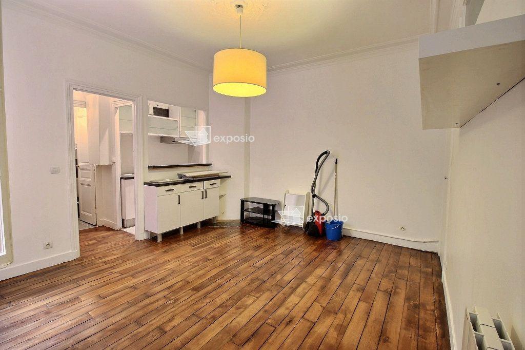 Appartement à louer 2 40.71m2 à Paris 17 vignette-2