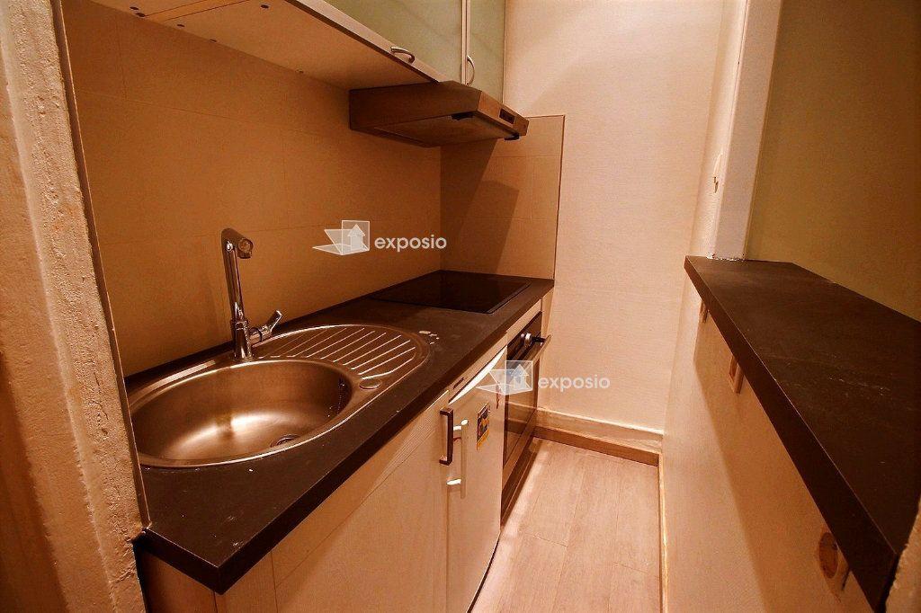 Appartement à louer 2 40.71m2 à Paris 17 vignette-5